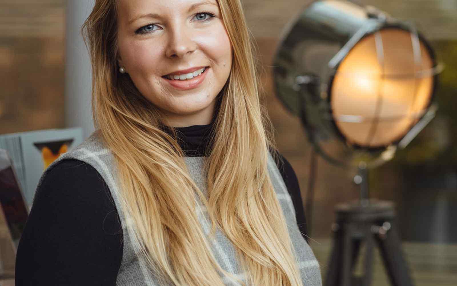 Dr Rebecca Biggins