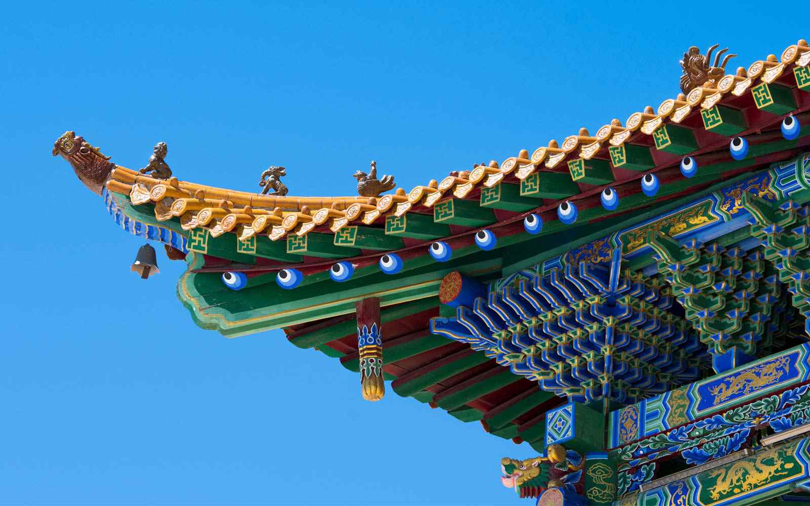 Close up of a building in Yuzhu China against a blue sky.