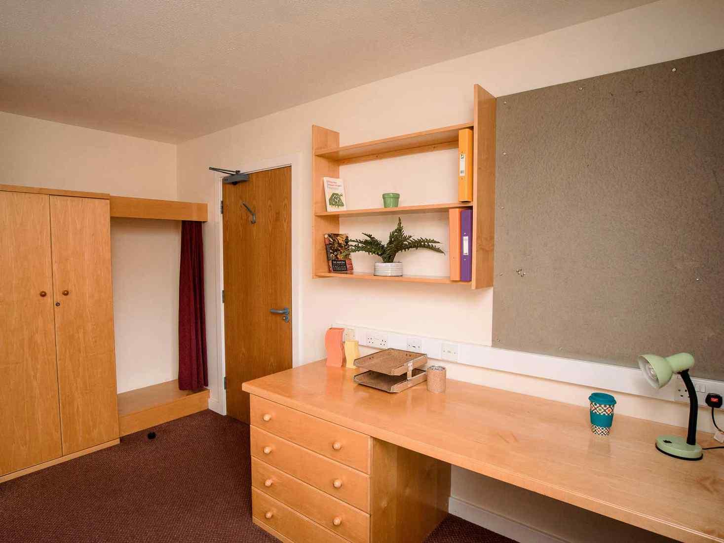 Wardobe in Limes Court bedroom