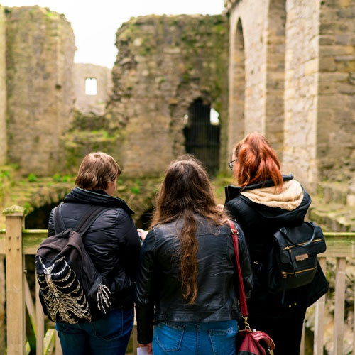 Students at castle on field trip